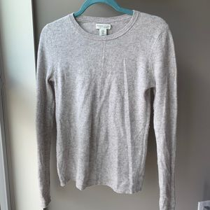 Adrienne Vittadini cashmere gray sweater size MED